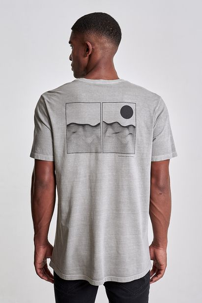 camiseta-wireframe-peace-cinza-claro